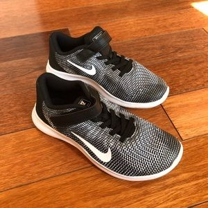 Nike Kids Boys Running Shoes Size 3Y